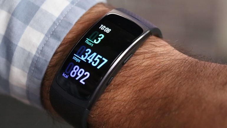 Samsung Gear Fit 2 smartwatch available at a discount of $30
